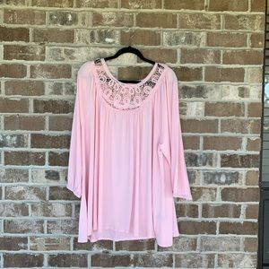 Avenue VIP Knits Pink Lace Top Size 26/28